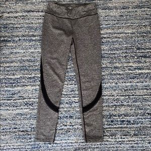 Gently worn!! Lou & Grey high waisted leggings